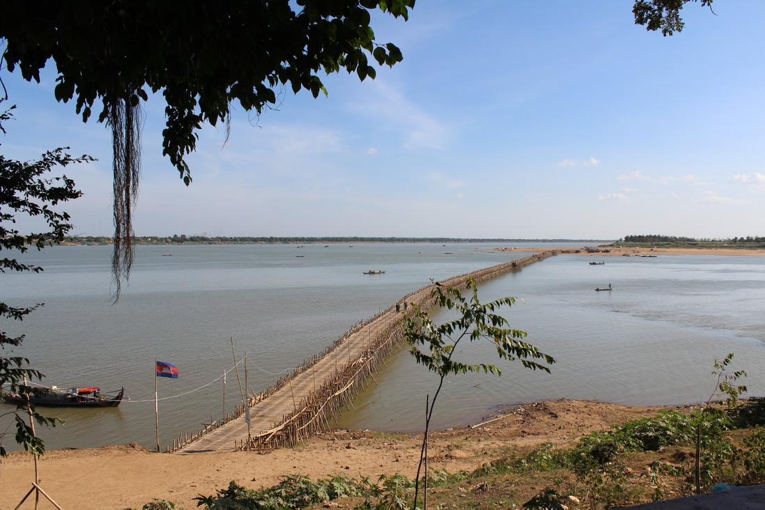 foto-5-ponte-di-bambucambogia-kampong-cham